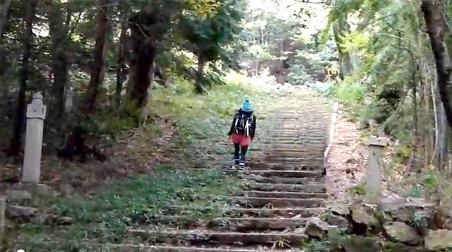 三上山(近江富士) 登山道