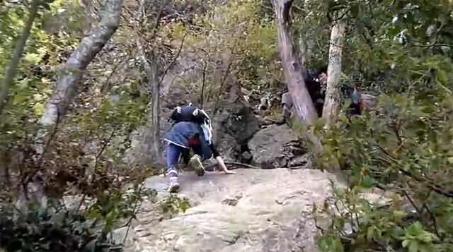三上山(近江富士) 1枚岩