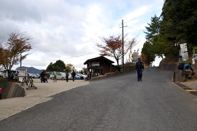 曽爾高原 お亀池駐車場